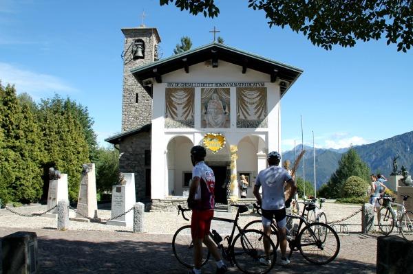 Notre Dame de Ghisello lac de côme Bellagio cyclistes velos